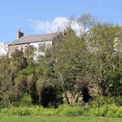170424 6 Old buildings of Barry
