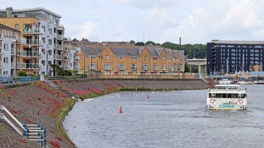 180615 10 colourful embankment